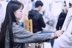 杭州美术培训行业动态 将军画室颜琪取得甘肃美术联考状元