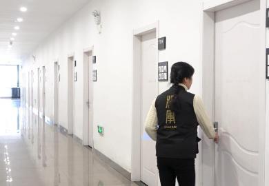 杭州将军画室宿管阿姨短片