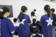 高三美术培训班集训自己找还是听从学校安排?